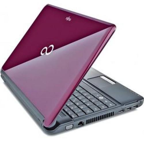 Laptop Fujitsu Siemens LifeBook AH530, Intel Celeron P4500, 1.86Ghz, 4Gb DDR3, 320Gb HDD, DVD-RW, 15.6 inch LED Backlight, Tastatura numerica